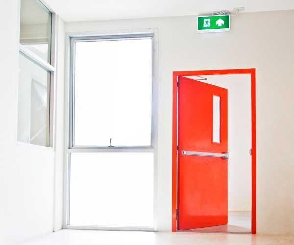 garleria-productos.puerta-conta-incendio-corporacion-alegria-website-peru-1